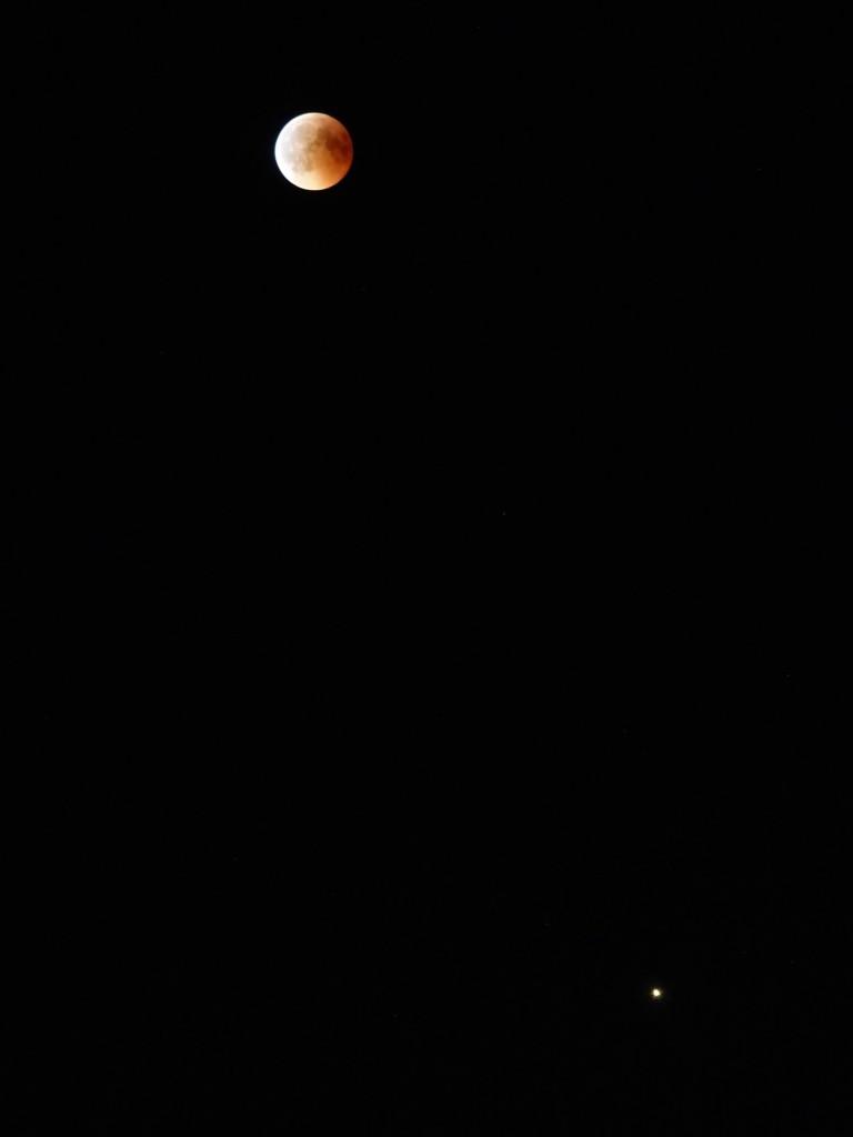 Blutmond mit Mars