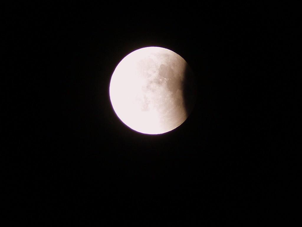Mondfinsternis gegen halb Eins